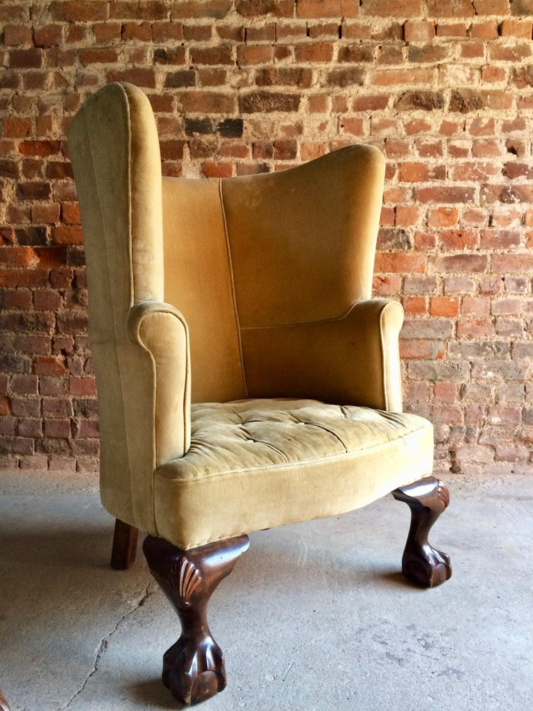 Antique Barrel Back Armchairs Porters Chairs Pair of George II Style, circa 1860 In Good Condition For Sale In Longdon, Tewkesbury
