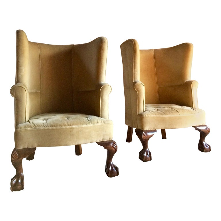 Antique Barrel Back Armchairs Porters Chairs Pair of George II Style, circa 1860 For Sale