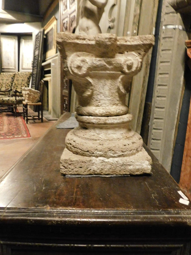 18th Century and Earlier Antique Base and Capital of a Column, Carved Sandstone, 1700, Italy For Sale
