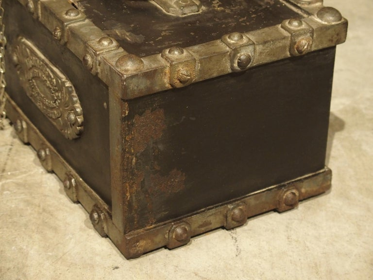 Antique Bauche Cast Iron Safe from Northeastern France, circa 1870 In Fair Condition For Sale In Dallas, TX