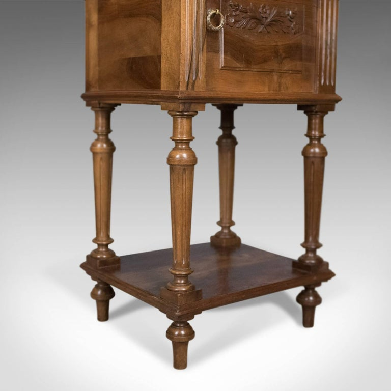 Antique Bedside Cabinet, Victorian Marble-Top Pot Cupboard, Walnut, circa 1900 For Sale 5