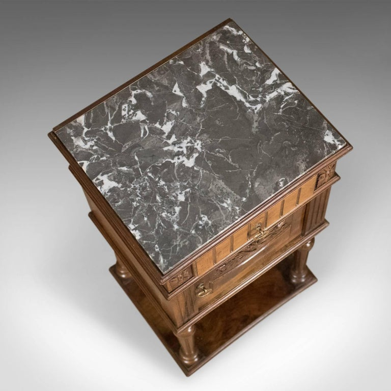 Antique Bedside Cabinet, Victorian Marble-Top Pot Cupboard, Walnut, circa 1900 In Good Condition For Sale In Hele, Devon, GB