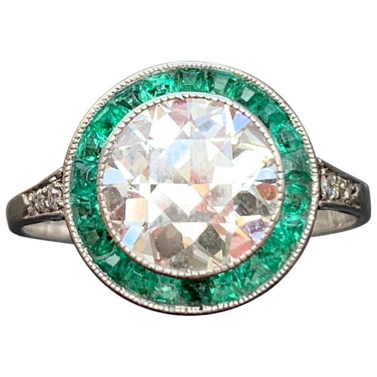 Antique Belle Époque 1.78 Carat G Color Rare White Diamond Emerald Platinum Ring