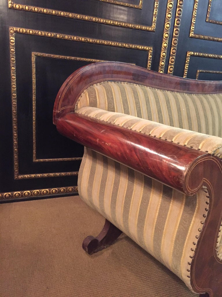 Antique Biedermeier Sofa Couch circa 1825 Mahogany For Sale 9