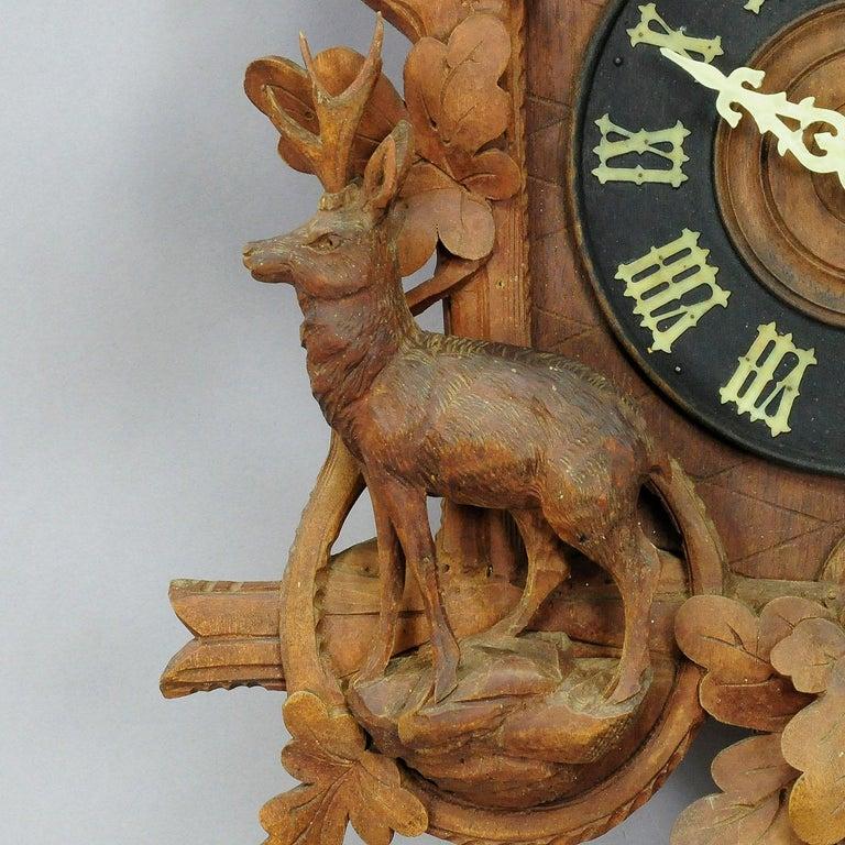Antike Schwarzwälder geschnitzt Holz Kuckucksuhr mit Hirschen und Vogel 3