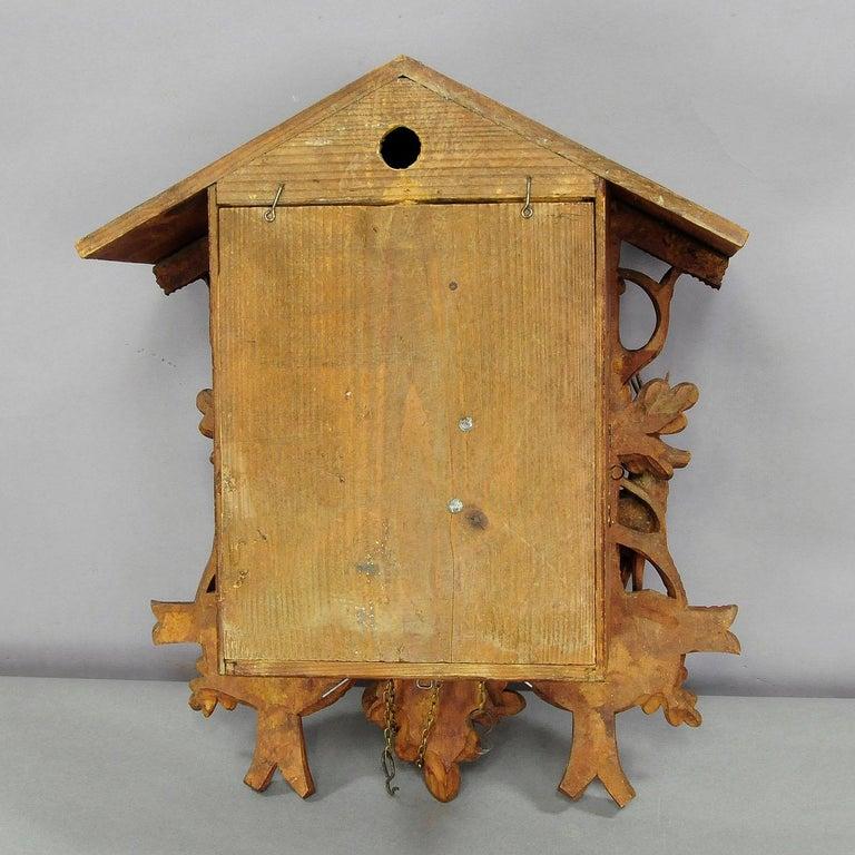 Antike Schwarzwälder geschnitzt Holz Kuckucksuhr mit Hirschen und Vogel 8