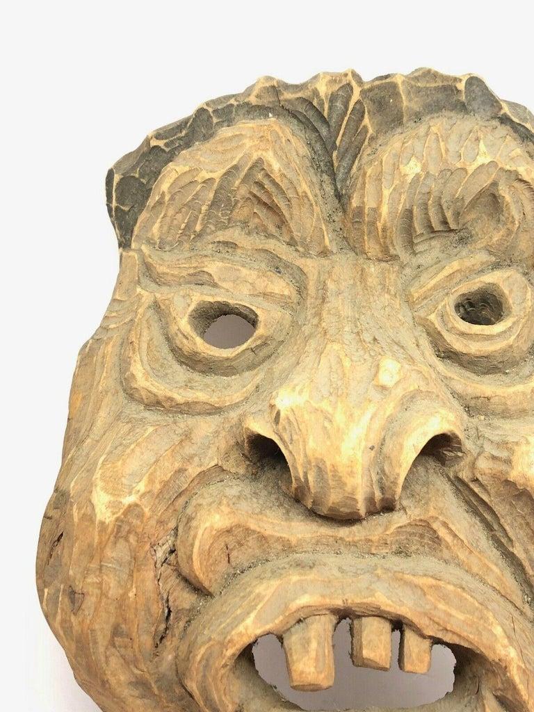 Antique Black Forest Folk Art Alpine Gnome Dwarf Wooden Carved Mask, 1930s In Good Condition For Sale In Nürnberg, DE