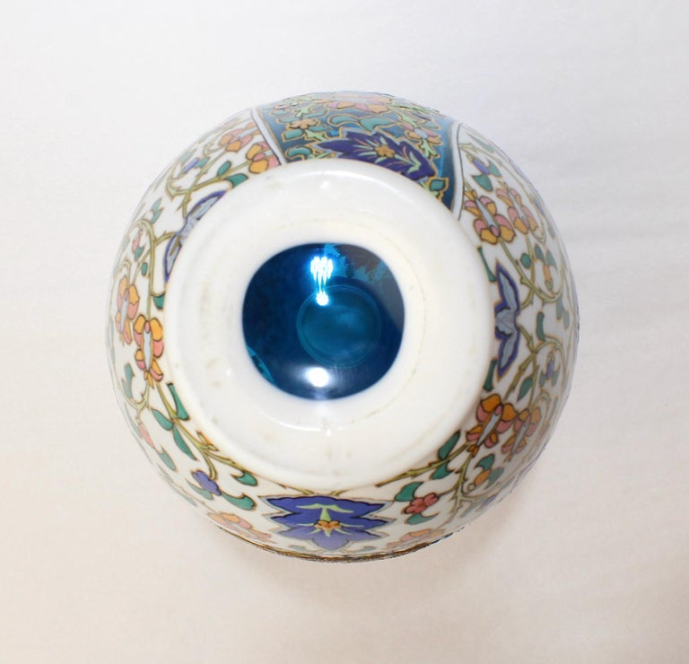 Antique Bohemian Aesthetic Movement Cased Blue and White Enameled Cut Glass Vase For Sale 3