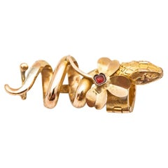 Antique Bold Tie in 18K Yellow Gold and Ruby