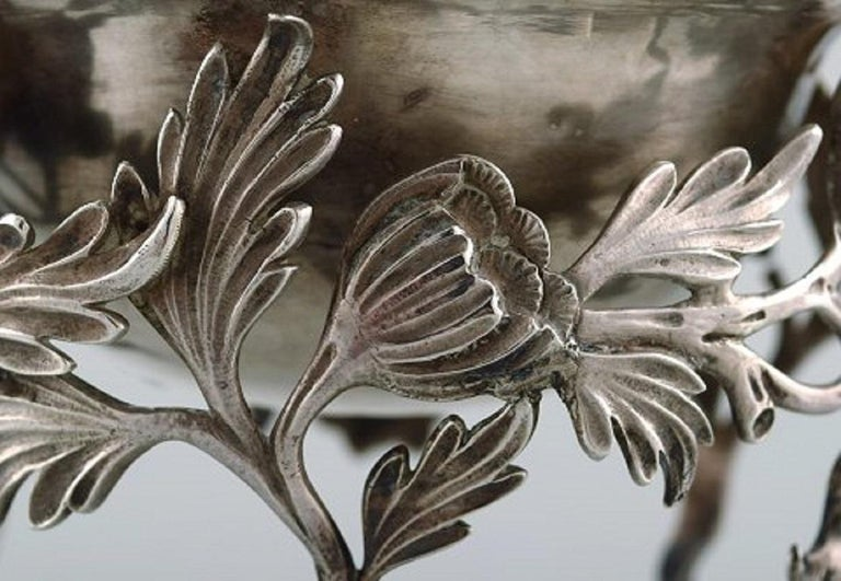 Silver Plate Antique Bowl in Plated Silver Decorated with Flowers and Foliage