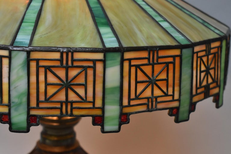 Arts and Crafts Antique Bradley & Hubbard Arts & Crafts Leaded Glass Table Lamp For Sale