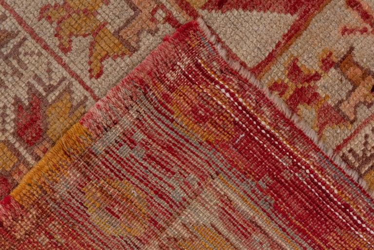 Early 20th Century Antique Bright Oushak Rug, circa 1920s For Sale