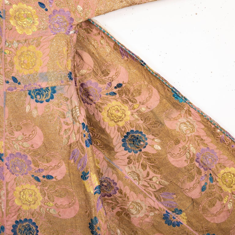 Antique Brocaded Moroccan Kaftan, Early 20th Century For Sale 3