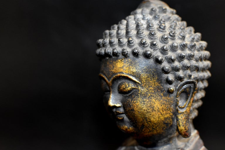 Bronze Buddha on Lotus Throne For Sale 11
