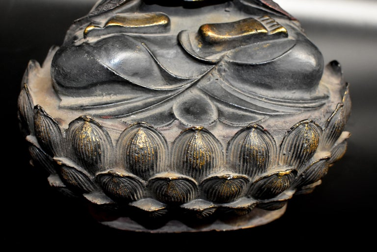 20th Century Bronze Buddha on Lotus Throne For Sale
