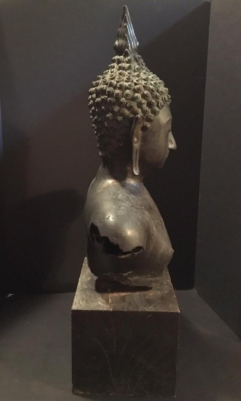 Antique Bronze Bust of Buddha, Thailand Ayutthaya, circa 18th Century 1