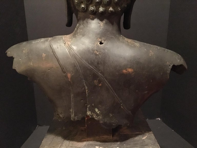 Antique Bronze Bust of Buddha, Thailand Ayutthaya, circa 18th Century 4