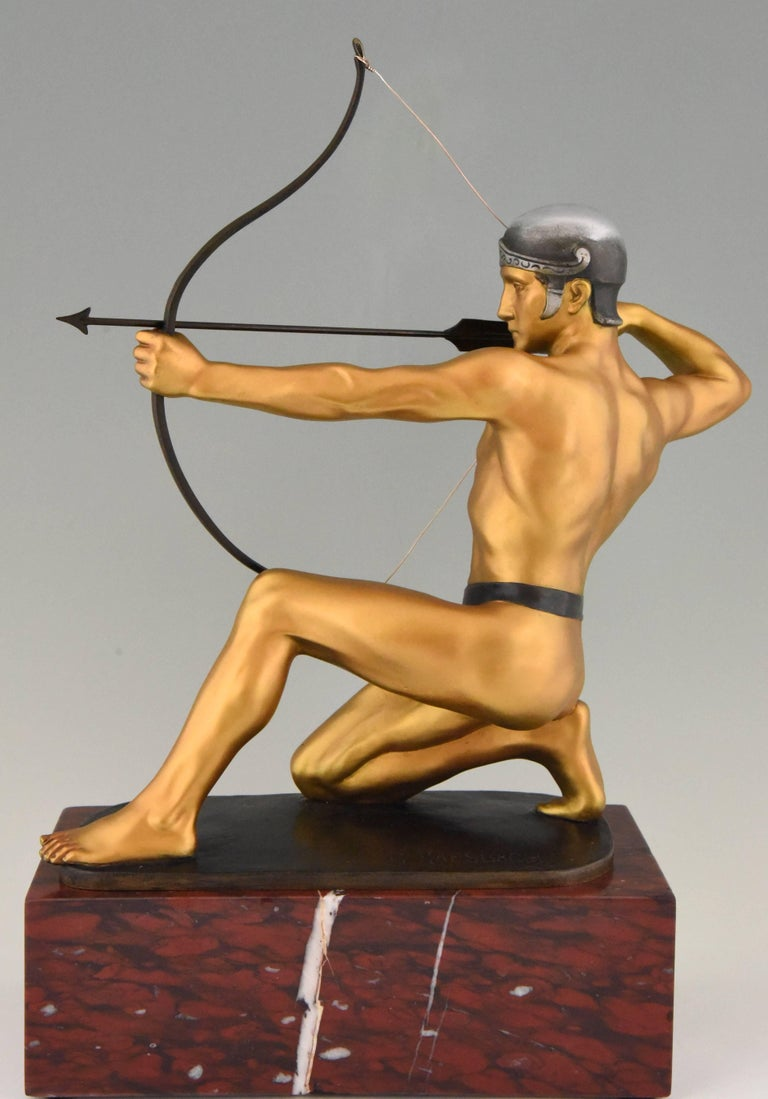 Antique Bronze Sculpture of a Male Nude Archer by Rudolf Kaesbach  1900 In Good Condition For Sale In Antwerp, BE