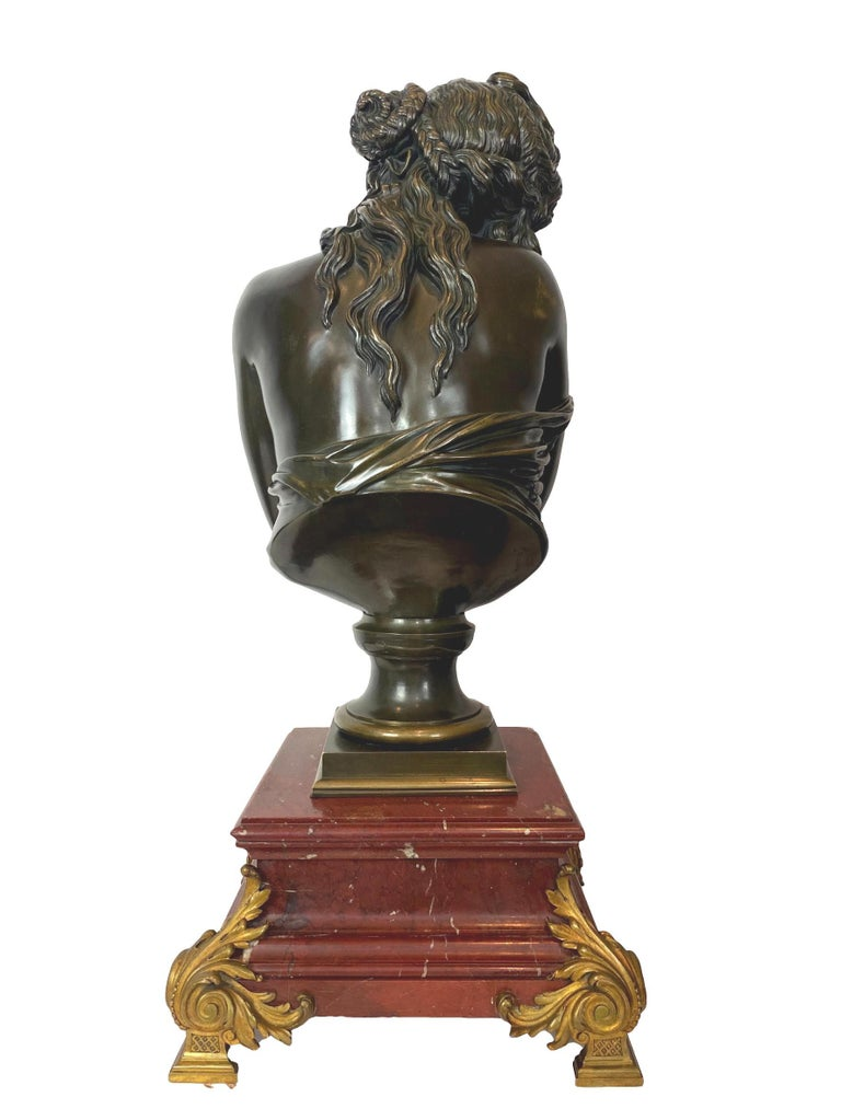 Antique Bronze Sculpture, Semi-Nude Bather, Remarkable Detail, French In Good Condition For Sale In Banner Elk, NC