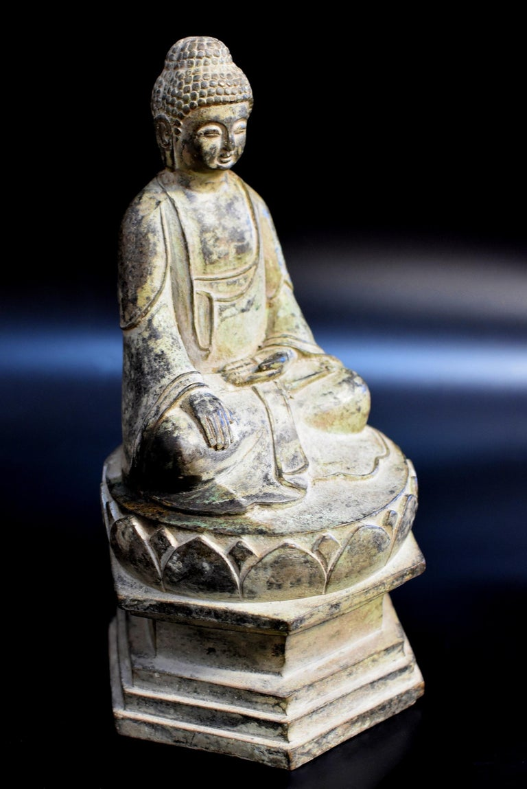 Bronze Statue of Young Buddha In Good Condition For Sale In Somis, CA