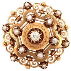 Antique Brooch in Yellow Gold with an Old Cut Diamond and Half-Pearls