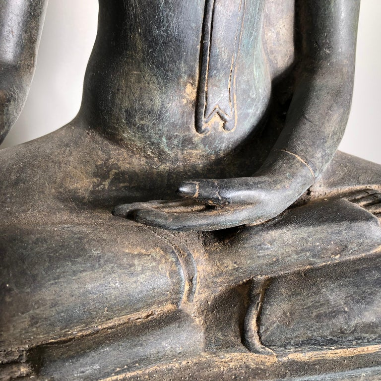 Antique Buddha Calling Earth to Witness, Hand Cast Thai Bronze 19th Century,  For Sale 1