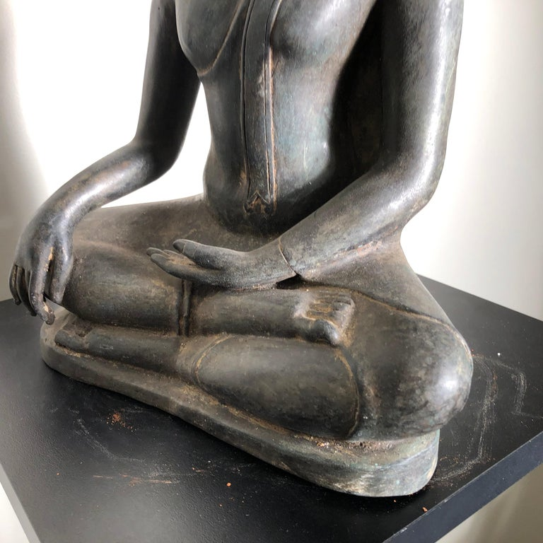 Antique Buddha Calling Earth to Witness, Hand Cast Thai Bronze 19th Century,  For Sale 2