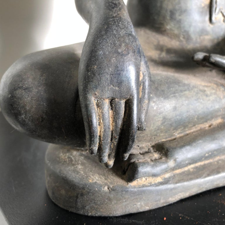 Antique Buddha Calling Earth to Witness, Hand Cast Thai Bronze 19th Century,  For Sale 3