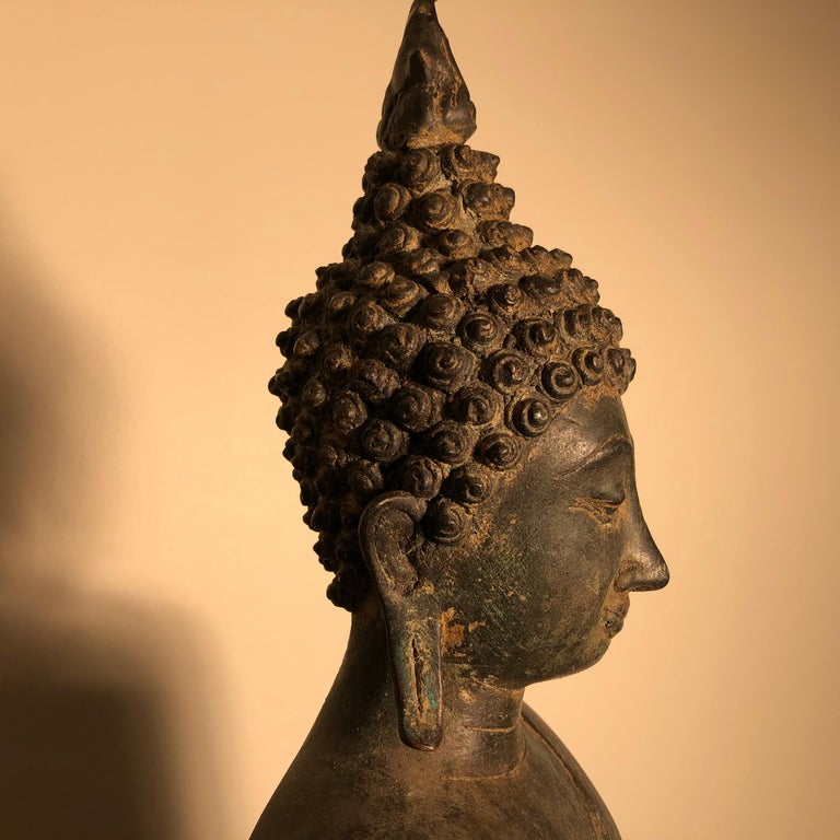Antique Buddha Calling Earth to Witness, Hand Cast Thai Bronze 19th Century,  For Sale 6