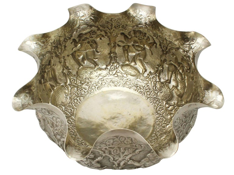 Antique Burmese Silver Bowl In Excellent Condition For Sale In Jesmond, Newcastle Upon Tyne