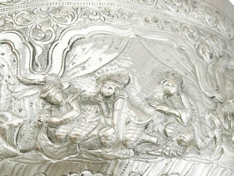 Antique Burmese Silver Thabeik Bowl For Sale 3