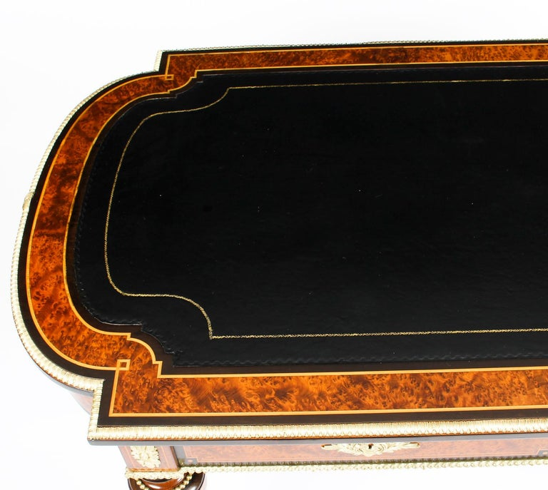 Antique Burr Walnut and Ebonized Ormolu Mounted Writing Table Desk, 19th Century In Good Condition For Sale In London, GB