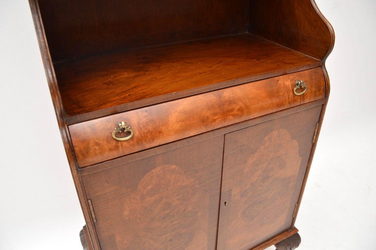 Antique Burr Walnut Open Bookcase Cabinet In Good Condition For Sale In London, GB