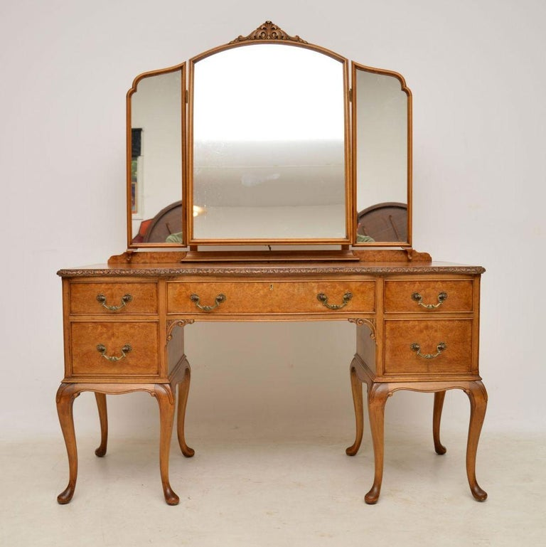 Antique Burr Walnut Queen Anne Dressing Table At 1stdibs