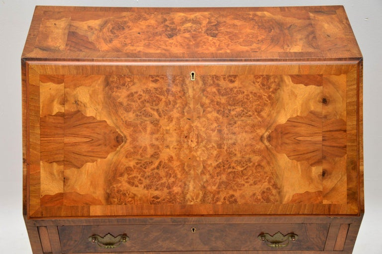 Antique Burr Walnut Writing Bureau In Good Condition For Sale In London, GB