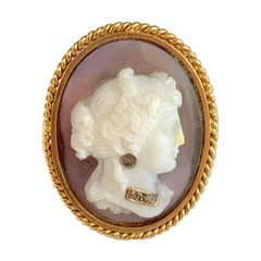 Antique Cameo Ring Diamond Gold