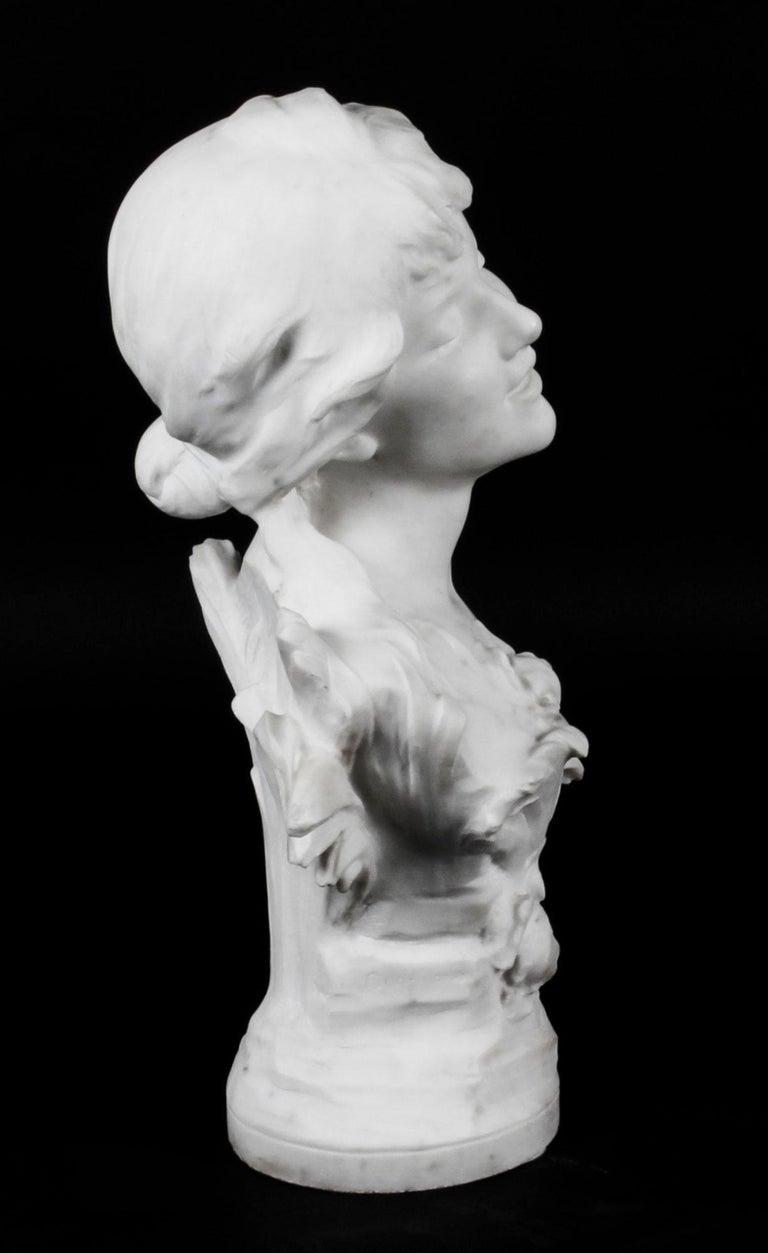 Antique Carrara Marble Portrait Bust by Auguste Moreau, 19th Century For Sale 1