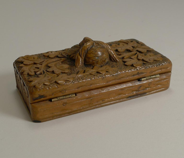 Antique Carved Black Forest Triple Postage Stamp Box, Owl, Glass Eyes In Good Condition For Sale In London, GB