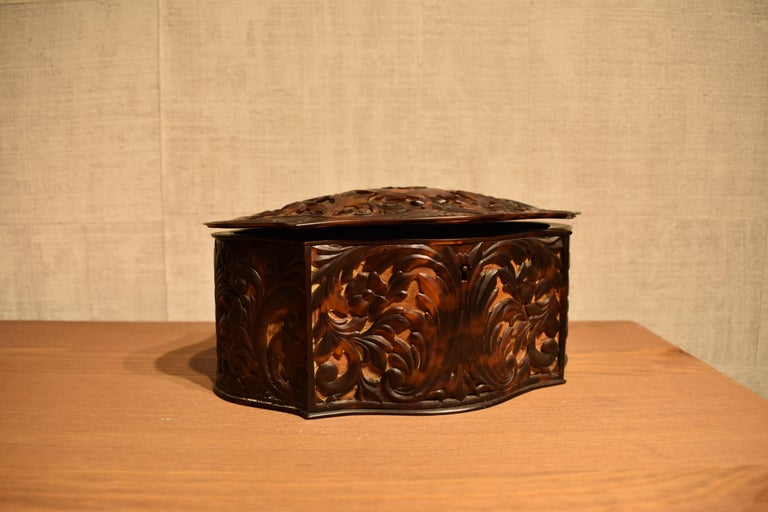 Hand-Carved Antique Carved Faux Tortoiseshell Jewelry Box For Sale