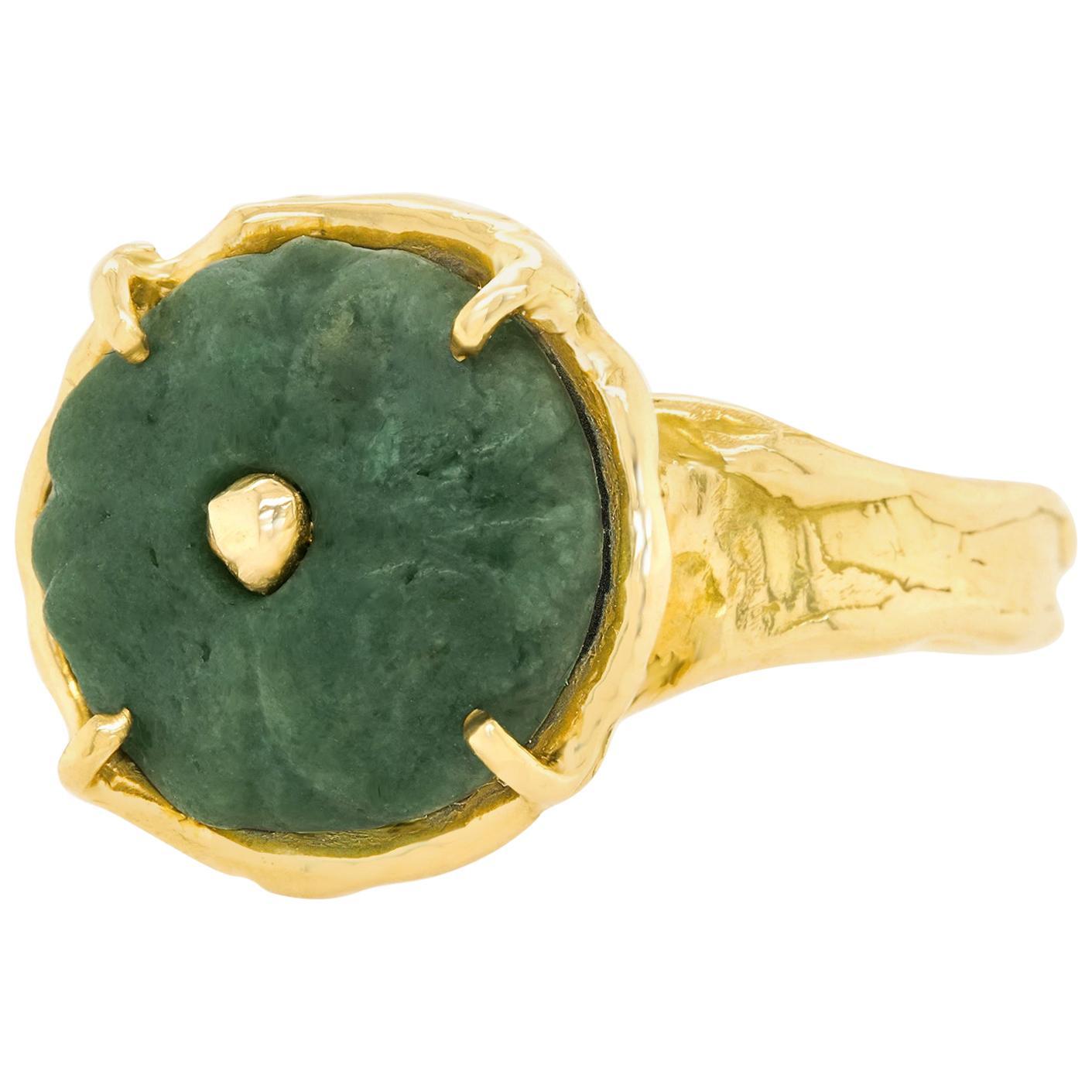 Antique Carved Jade-Set Gold Ring