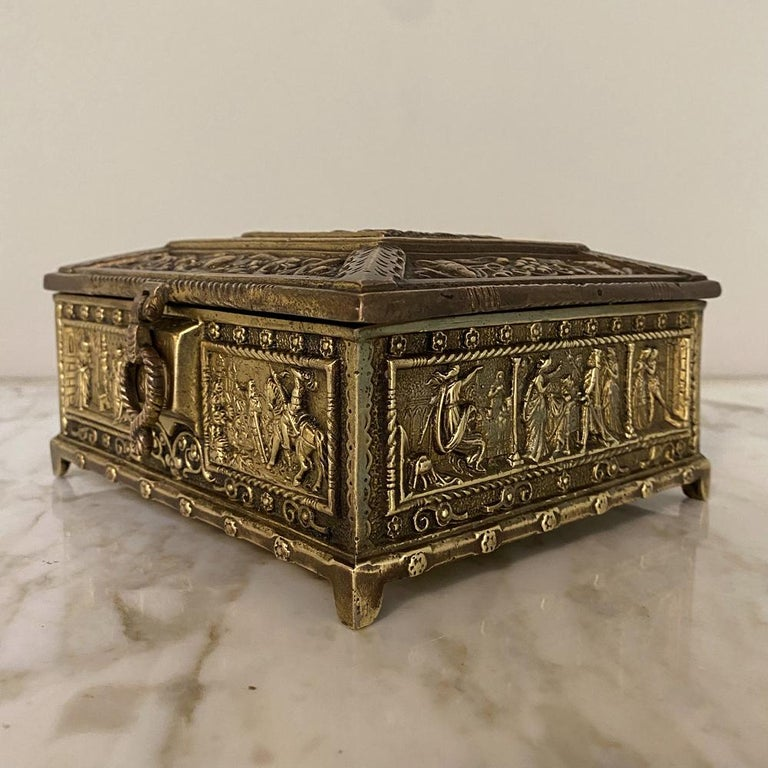 Romantic Antique Cast Bronze Jewelry Box For Sale