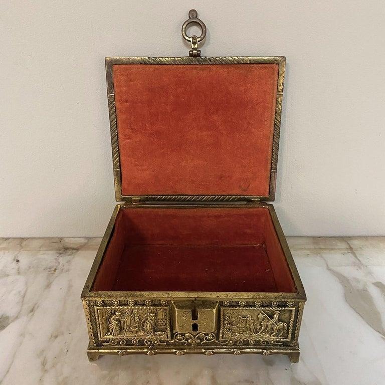 Antique Cast Bronze Jewelry Box For Sale 1