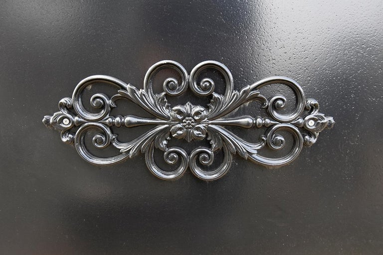 Antique Cast Iron Double-Entry Gate, 19th Century In Fair Condition For Sale In Udenhout, NL