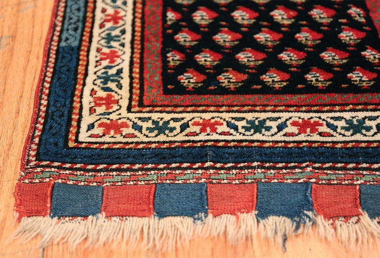 Antique Caucasian Shirvan Rug In Excellent Condition For Sale In New York, NY