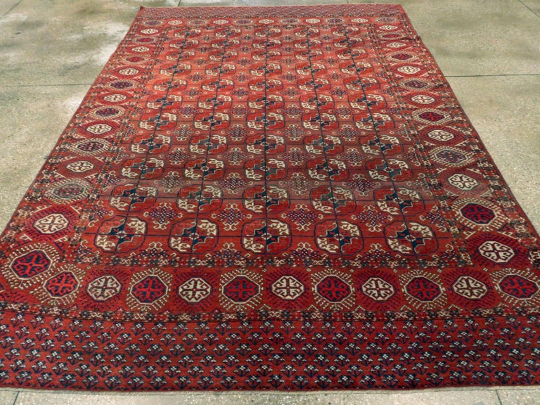 Antique Central Asian Tekke Carpet In Good Condition For Sale In New York, NY
