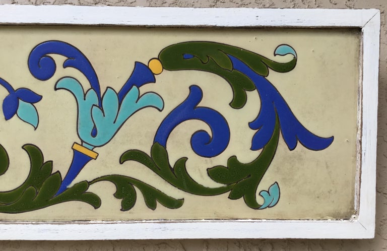 Large Antique Ceramic French Wall Hanging In Good Condition For Sale In Delray Beach, FL