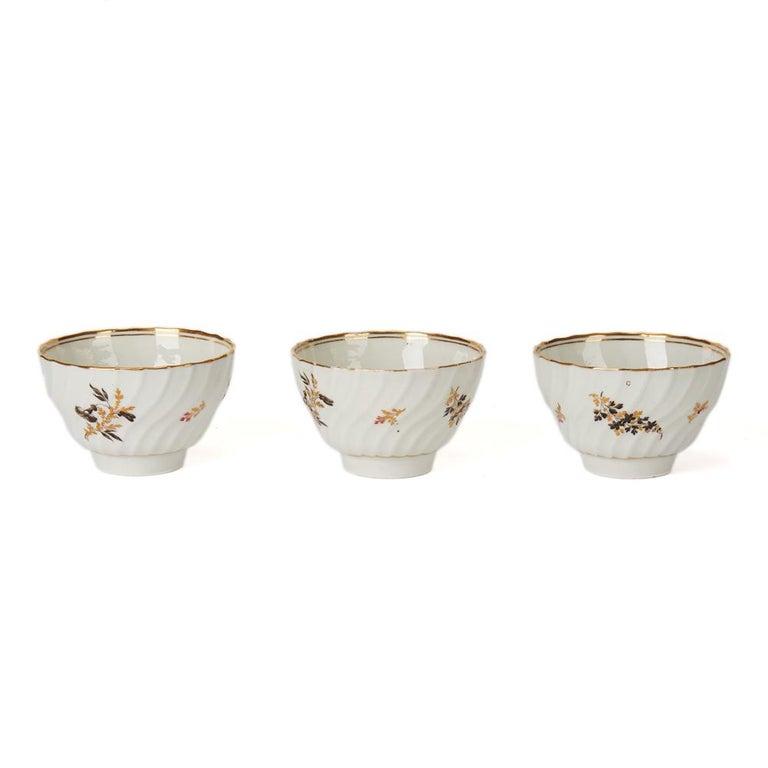 Antique Chamberlain Worcester White Floral Porcelain Tea Service, 18th Century For Sale 5