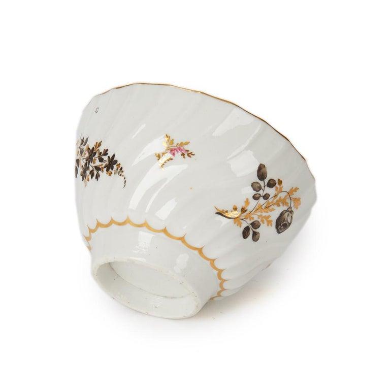 Antique Chamberlain Worcester White Floral Porcelain Tea Service, 18th Century For Sale 7