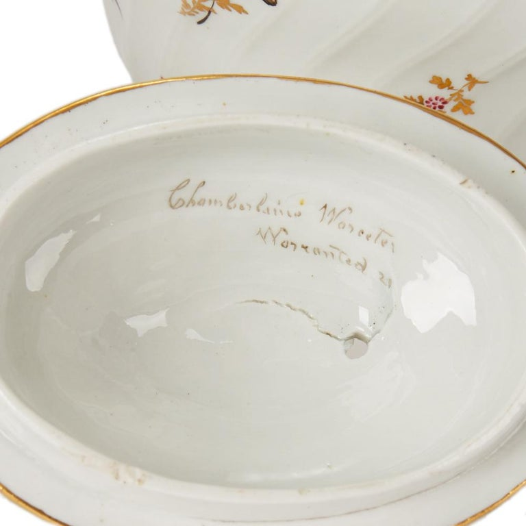 Antique Chamberlain Worcester White Floral Porcelain Tea Service, 18th Century For Sale 11