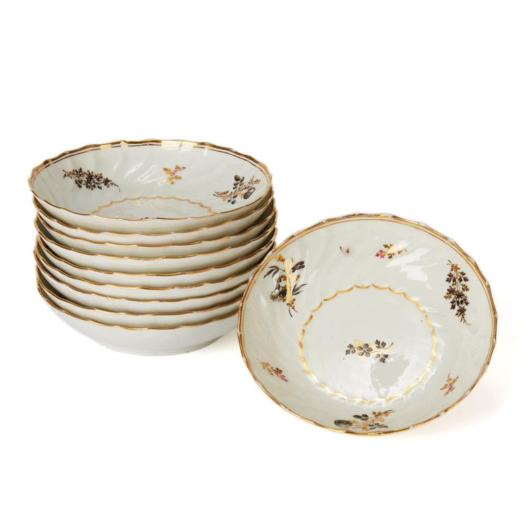 Antique Chamberlain Worcester White Floral Porcelain Tea Service, 18th Century For Sale 12